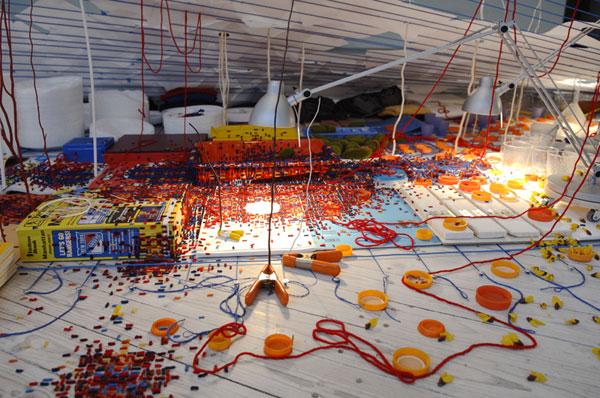 Sarah Sze, A Swiftly Tilting Planet, Installation view, Malmö Konsthall, 2007.