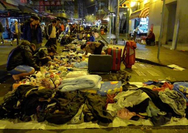 Image 1: One busy corner of the Sham Shui Po second-hand night market (photo courtesy of author).