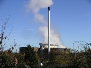 Incineration_unit_plume_Coventry_19n06