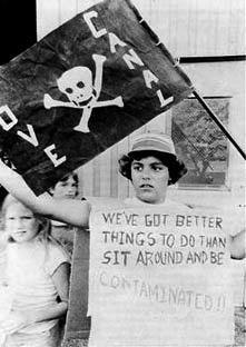 Love_Canal_protest